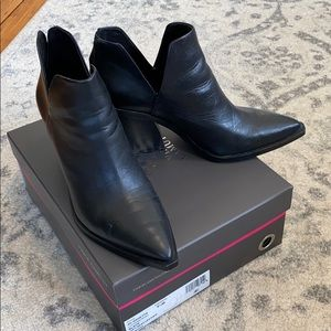 Vince Camuto 'Gigietta' snip-toe booties